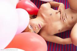 MoMo Balloon Butthole