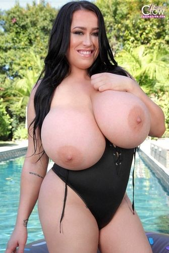Leanne Crow – Huge Jugs Pool Floaties 2 720p