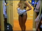 Gisela Barreto changes her thong on live tv