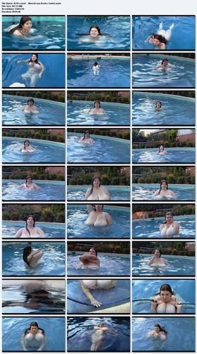 Anorei Collins Aka Lexxxi Luxe   Monstrous Boobs Swim!